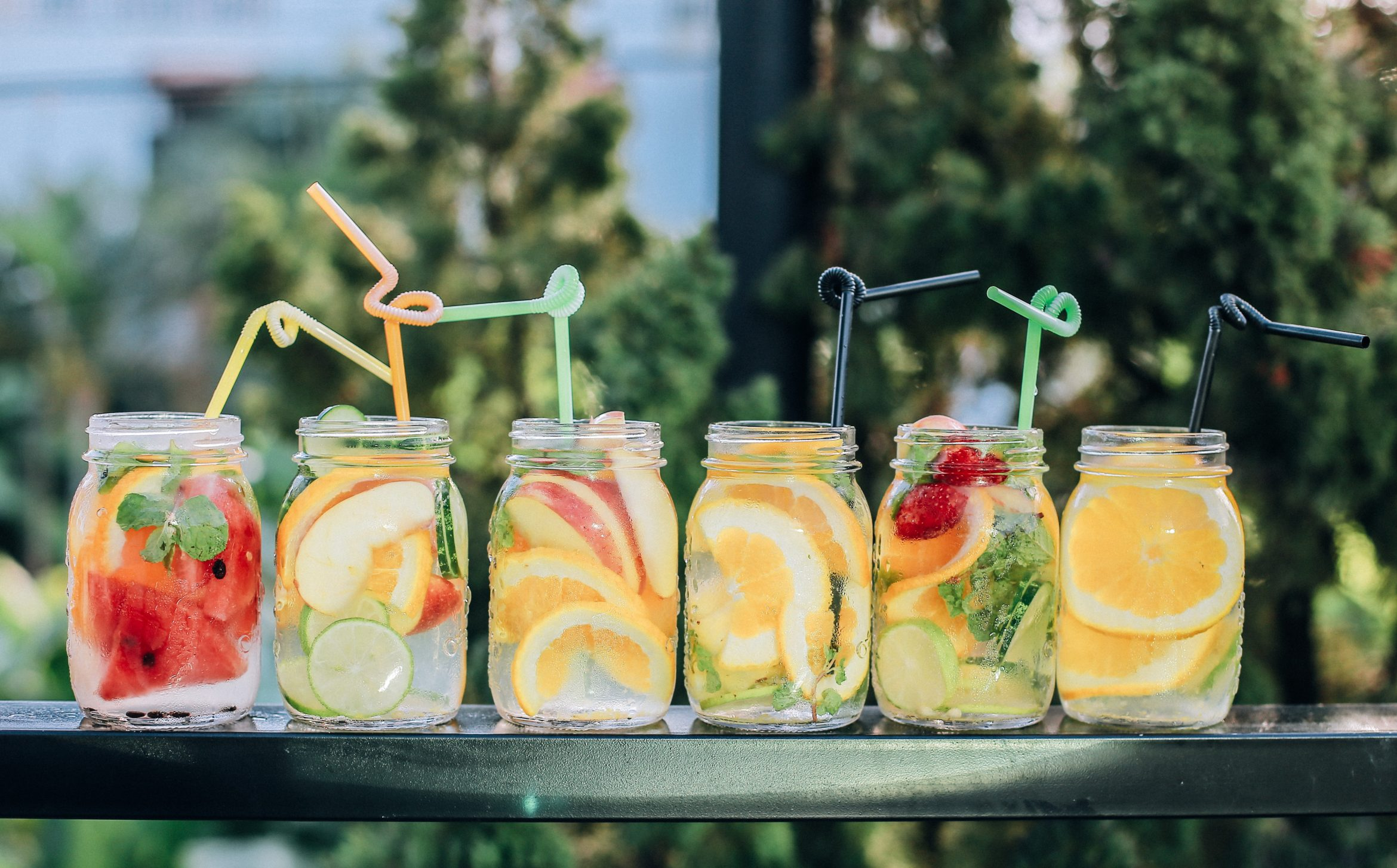 4 Beverage Trends That Young Shoppers Will Be Buying in 2019