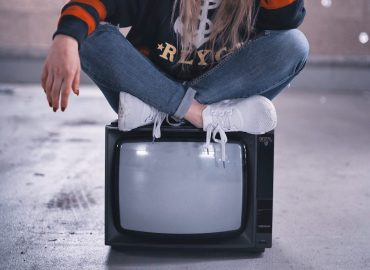 The 20 Top Shows Gen Z & Millennials Are Binge Watching Now